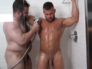 Gay bear fucking 014